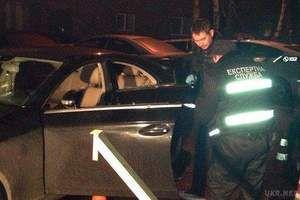 Вбивство бізнесмена в Києві: нові подробиці. Застреленим напередодні в центрі Києва в машині Mercedes виявився 52-річний бізнесмен Олександр Ряжев.