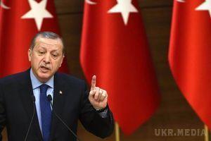 Референдум в Туреччині: за попередніми даними, люди проголосували на користь Ердогана. За неофіційною інформацією, Туреччина стала ще ближче до президентської форми правління, яку підтримали більшість тих, хто голосував