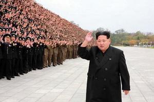 КНДР звинуватила США в намірі усунути Кім Чен Ина біохімічною зброєю. Диверсійна група нібито проникла на територію КНДР, щоб ліквідувати Кім Чен Ина, стверджують в МДБ Північної Кореї.