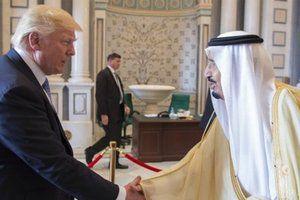 Президент США Дональд Трамп заявив, що Іран не матиме ядерної зброї.  Дональд Трамп заявив прем&#039єр-міністру Ізраїлю Біньяміну Нетаньяху, що Іран ніколи не матиме ядерної зброї,