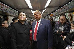 Стівен Кінг вразив новим твітом про Трампа та Кім Чен Ина. Американський письменник-фантаст Стівен Кінг у своєму мікроблозі в Twitter написав, що президент США Дональд Трамп і лідер Північної Кореї Кім Чен Ин змагаються за незвичайне звання.