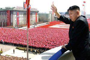 Влада КНДР заявила про 3.5 мільйона добровольців для війни з США. Про це повідомляє CNBC з посиланням на офіційну газету КНДР Rodong Sinmun.