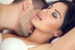 Як стати ідеальним коханцем? Корисні поради від жінок. Секс, як гра в одній команді, але для багатьох дам він нерідко завершується думками «І це все, що ти можеш?». Щоб не схибити і стати хорошим коханцем, ми зібрали кращі жіночі поради.