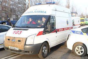 Який жах! Під Києвом під час весілля охоронець ресторану убив нареченого. Молодій людині було завдано поранення в область паху.