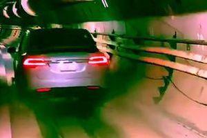 """Tesla Model X """"випробувала"""" швидкісний тунель Маска Hyperloop. The Boring Company показала тестову поїздку Tesla Model X по підземному тунелю, по якому на високій швидкості будуть пересуватися спеціальні шатли."""