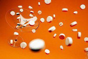 У Харкові 13-річна школярка отруїлася таблетками для схуднення. Дівчинка потрапила до реанімації у важкому стані.