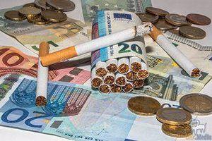 Алкоголь і тютюн в Україні знову дорожчають. Підвищення роздрібної ціни на алкоголь і цигарки пояснюють дисбалансом цін в Україні та Євросоюзі.