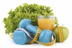 Втрачайте вагу та очищайте шлунок прямо під час сну. Дивовижні результати незвичного напою.