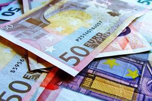 Страховим компаніям можуть дозволити працювати з валютою. Для цього страховикам необхідно буде отримати відповідну ліцензію НБУ.