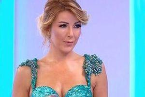 У Туреччині застрелили співачку Хэсер Тули. У Туреччині стався напад на престижний нічний клуб Medusa, загинула 40-річна відома співачка Хэсер Тулу і власник нічного клубу, ще 4 людини постраждали.