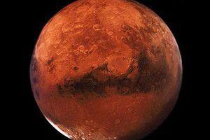 NASA опублікувало знімки пілової бурі на Марсі. Пилова буря охопила більшу частину Червоної планети.
